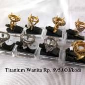 Ring Titanium Wanita / Cewek (habis)