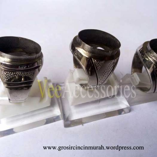 Ring Cincin Monel Baja Putih Model Tanam