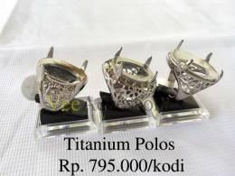 titaniium-polos-3