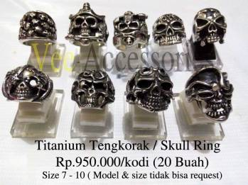 Titanium Tengkorak / Skull Ring Rp.950.000/kodi